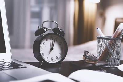 Self assessment paper tax return deadline